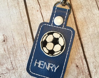 Soccer ball clip on bag tag - personalized bagtag - sports team gift - soccer team player Keyring - custom colors- bagcharm by babymoon