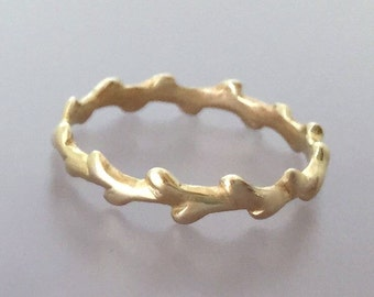 Twig Ring in 14k Yellow Gold - Laurel Wreath Branch Wedding or Stacking Ring - Recycled Gold