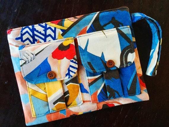 Surfer Girls Wallet Wristlet, Smartphone Wristlet Wallet for Women, Blue Wristlet Purse, Large Wristlet, Womens Wallet Purse, Wrist Wallet