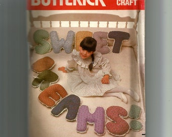 Butterick Sweet Dreams Pillows Pattern 4897