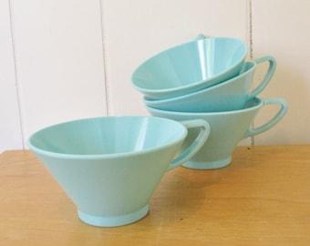 4 vintage aqua melmac cups