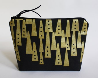 TOTEM - basic zipper pouch in black and metallic gold