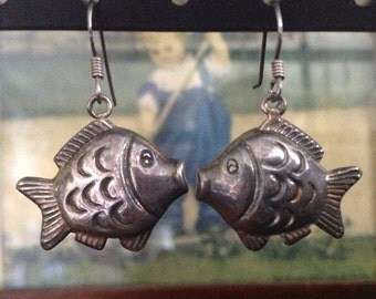 Vintage sterling silver fish earrings