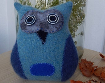 Recycled Cashmere Owl Tooth Fairy Pillow -   Blue