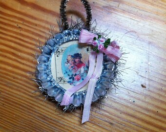Shabby chic christmas ornament