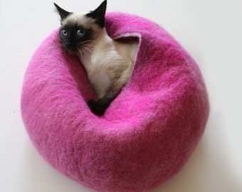 ON SALE till 30.09 Cat Nap Cocoon / Cave / Bed / House / Vessel - Hand Felted Wool - Crisp Contemporary Design - READY To Ship Hot Pink Bubb