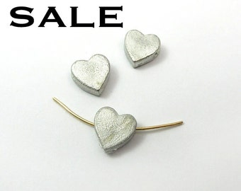White Metal Cast Heart Beads (8X) (B636) SALE - 50% off