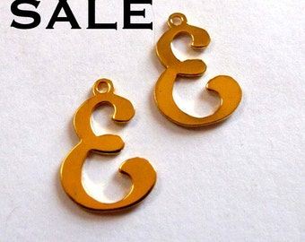 Vintage Gold Plated Script Initial Letter E Charms (16X) (V251) SALE - 50% off