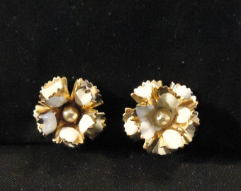 Gold Metal and Cream Off White Beige Colored Painted Enamel Screw Back Petite Earrings with Small Pearl Centers