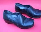 VINTAGE black Danskos ladies EUR size 36 / ladies USA size 6