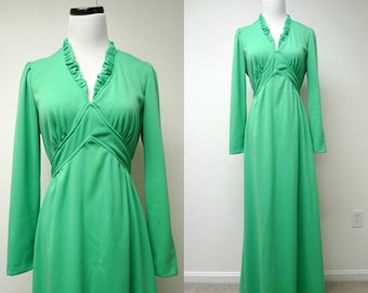 vintage 1970s long sleeves . green . goddess . maxi dress