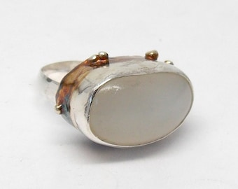 Moonstone Statement Ring,Large Moonstone Ring,3 D Ring, 3 Dimensional, Cocktail Ring,Oval Ring, Moonstone Ring, Moonstone and Silver Ring