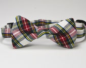 Boy's Bow Tie, Christmas Bow Tie, Christmas Plaid Bow Tie, Red Plaid, Ivory Tartan Tie, Toddler Tie, Children's Christmas, Photography Prop