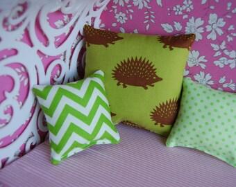 Blythe Cushion set. Hedgehogs and green