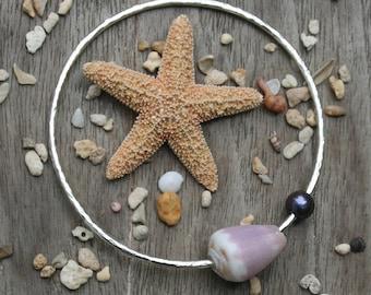 Hammered Bangle, Silver Bracelet, Shell Bangle Bracelet, Cone Shell Bangle, Hawaii Shell Bangle, Purple Shell Bracelet, Purple Pearl Bangle