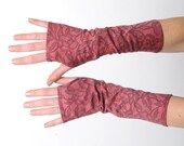 Pink fingerless gloves, Lace print armwarmers, Pink handdyed armwarmers with lace pattern, Pink long fingerless gloves