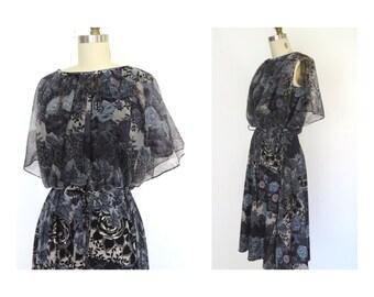Vintage 70s Disco Dress Floral Flutter Split Sleeve  Urban Caplet Dress sz  M