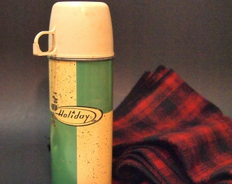 Free shipping Retro Vintage Holiday thermos Teal and Ivory Very retro mid century