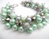 Mint Green and Gray Pearl Beaded Bracelet, Green Bridesmaid Bracelet, Chunky Jewelry, Cluster Bracelet, Bridal Jewelry, Mint Wedding Theme