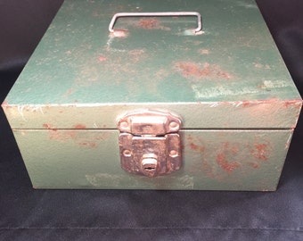 Vintage metal check file box Rusty Rustic lock and key Industrial green Vintage Office storage Excelsior USA