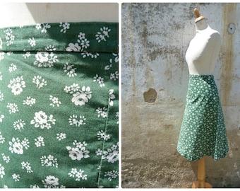 Vintage 1970/70s Tyrol Austria Trachten dirndl middle lenght flared floral printed cotton skirt  /Folk /boho/ German size L