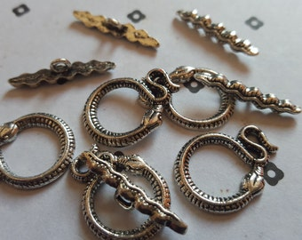 Silver plated Snake toggle clasps (5 set)