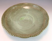 Leaf Ring Design Pottery Serving Bowl in French Country Green/Large Pottery Serving Bowl