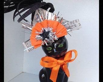 Vintage Halloween Black Cat Salt Shaker  Halloween Decoration for Halloween Party or Halloween Ornament TVAT