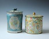 Set of 2 vintage decorative floral tins
