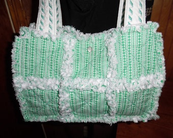 Green and white rag quilt handbag tote