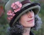 Ladies Flapper Fleece Cloche - Moss with Brown trim - pink roses - Jane