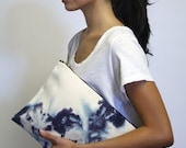 Ngong Grand Clutch in sunup pattern