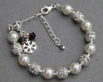 Personalised Snowflake Jewelry, Birthstone Snowflake Charm Bracelet, Winter Wedding Jewelry, Personalized Bridesmaid Gift