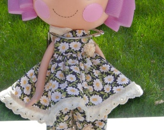 Large LaLaLoopsy 2 piece outfit in black with tiny daisies.