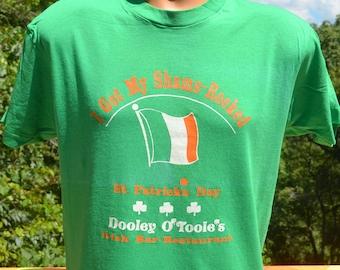 vintage t-shirt 80s SHAMROCKS dooley o'toole's irish bar tee Medium Large st patrick's day green