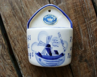 Delft Blue Handpainted Small Hanging Wall Pocket