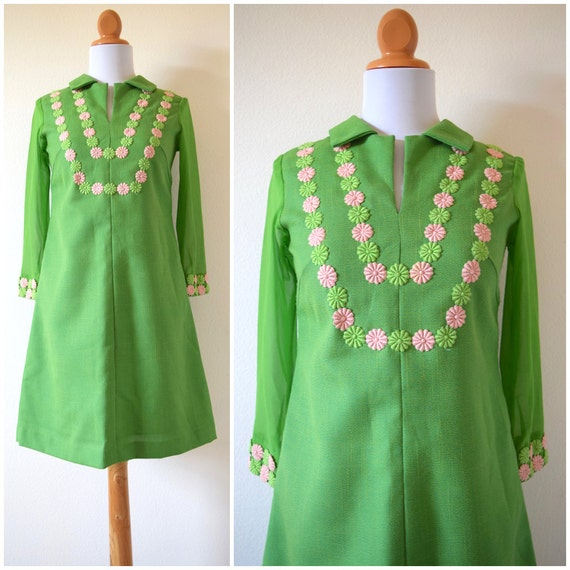 SPRING SALE/ 20% off Vintage 60s Lime Green Sheer Sleeved Shift Dress (size xs, small)