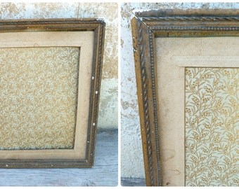 Vintage Antique 1900/1930 French stucco frame gilted