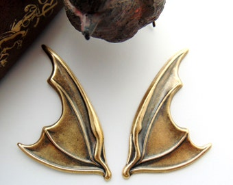 ANTIQUE BRASS (1 Pair) Large Gothic Bat Wings Stampings - Jewelry Ornamental Findings (C-1408) *