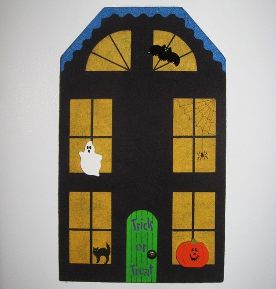 Hand Painted Halloween Haunted House Bulletin Memo Memory Message Note Board with Spooky Ghost Jack-O-Lantern and Vampire Bat Push Pins