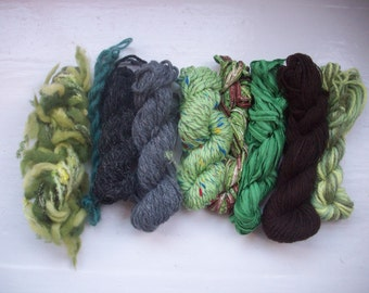 Grab bag assorted yarn 50g green grey GB FE1601