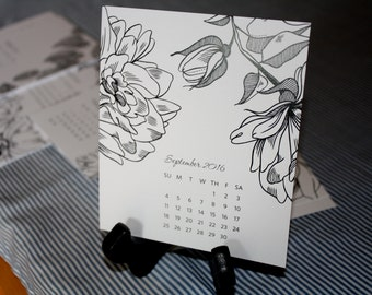 SALE – 2016 Desk Calendar with Wooden Easel Stand – Black and White Florals