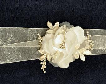 Bridal Sash, Wedding Dress Accessory, Flower Bridal Belt, Wedding Dress Belt, Ribbon Sash, Ivory Rose, Organza Ribbon Belt