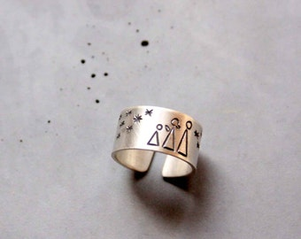 Sterling Silver Ring with Family and Stars, adjustable ring, Wideband ring - Custom made ring - Stargazing Family, Starry Night
