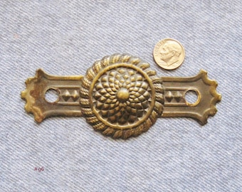 Sunflower Escutcheon Furniture Hardware Antique Brass Floral Medallion Embellishment Dresser Drawer Pull Plate