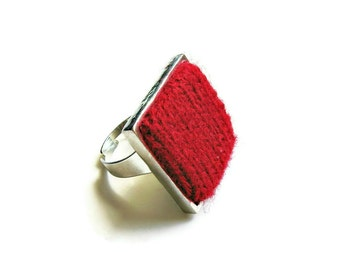 Mood Red Ring - Knit Jewelry