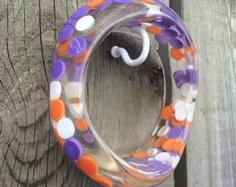 Vintage Plastic Aspirin Pill Polka Dot Lucite Confetti Asymmetric Wavy Candy Bangle Bracelet Deadstock purple orange