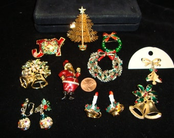 Vintage Christmas Pin Lot