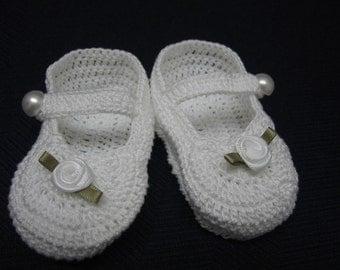 Christening Baby Shoes Christening Baby Booties Crochet White Roses Newborn Girl Baby Girl Booties Reborn Doll Baptism Baby Shower Gift