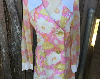 Vintage 1970's Era Ladies' Size 16 Pink with White Floral Print Long Sleeve Dress